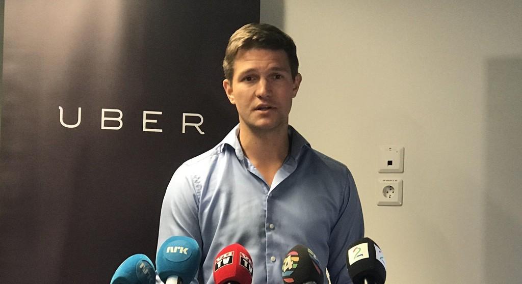 Pressekonferanse fra tidligere i år med Carl Edvard Endresen, Uber-sjef i Norge, der selskapet Uber truet med å trekke seg ut av landet hvis ikke regjeringen endret reglene for taxidrift.