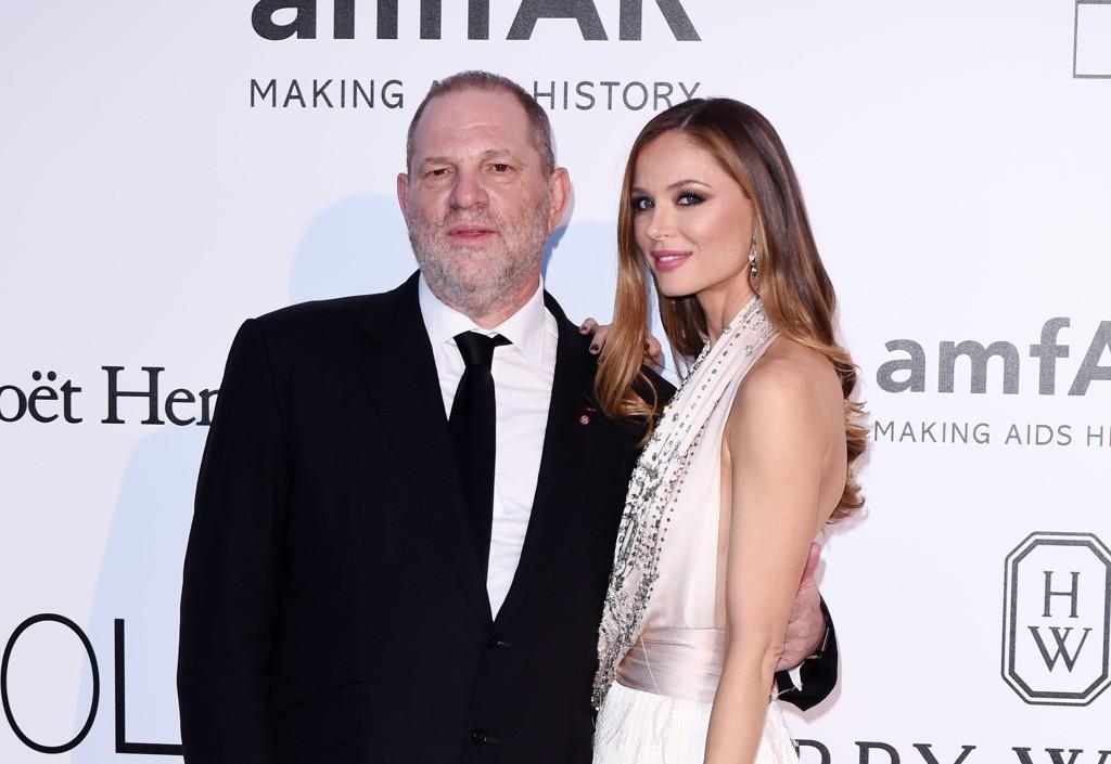 Georgina Chapman går fra mannen Harvey Weinstein etter anklagene om voldtekt og seskuell trakassering.
