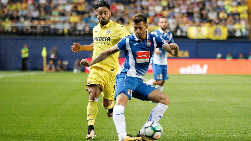 Brasilianske Leo Baptistao (t.h) har scoret to seriemål for Espanyol denne sesongen.