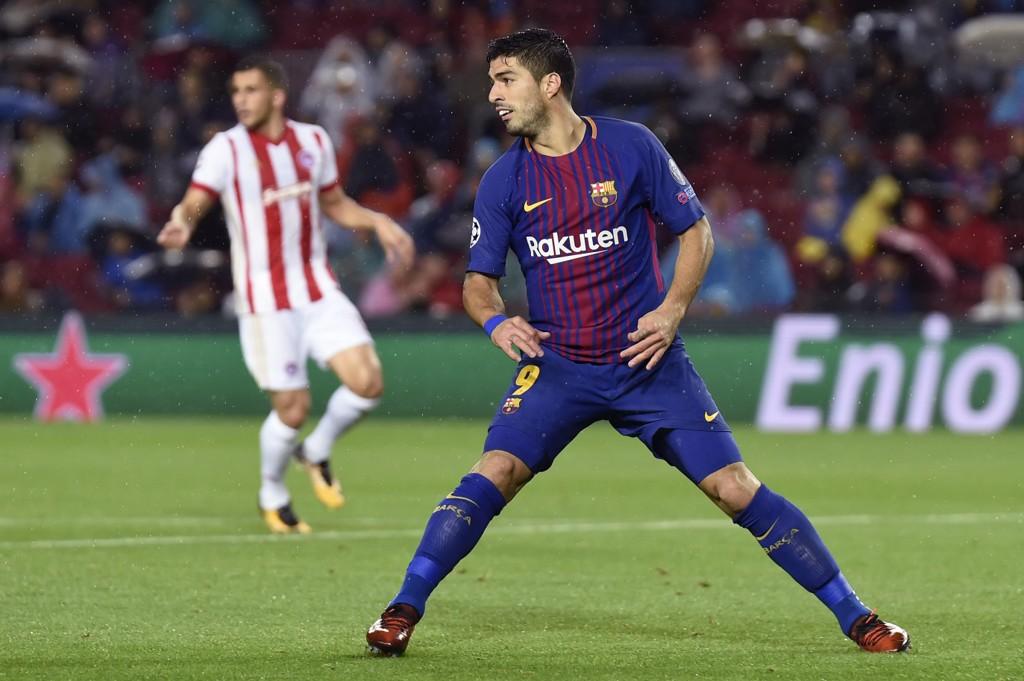 KNESKADET: Luis Suarez sliter med et vondt kne.