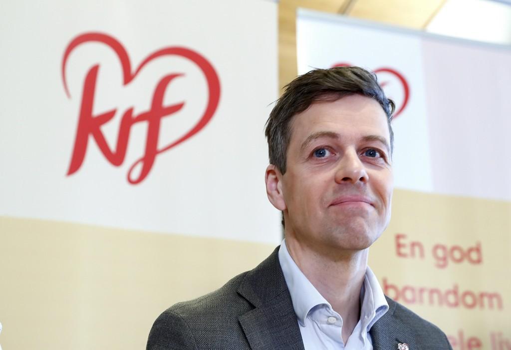 SKOLEGUDSTJENESTE: KrF-leder Knut Arild Hareide vil at alle skoler skal tilby skolegudstjeneste, enten de vil eller ikke.