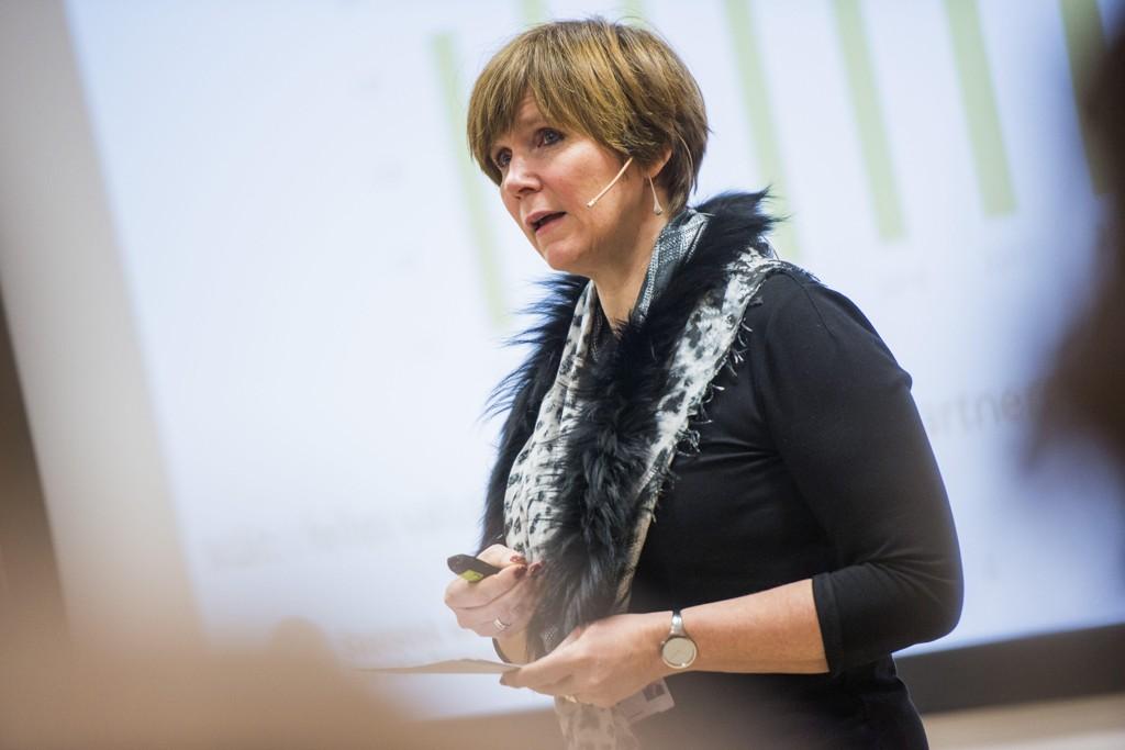 I HARDT VÆR: Administrerende direktør i Statistisk sentralbyrå, Christine Meyer, får mye motbør for å legge ned anvendt forskning på viktige områder.