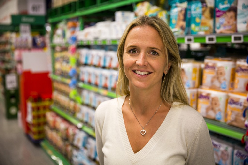 - Vi har i dag kuttet prisene på 220 produkter med mellom 10 og 40 prosent på alt fra shampo til vaskemiddel, sier Kristine Aakvaag Arvin, kommunikasjonssjef i Kiwi.