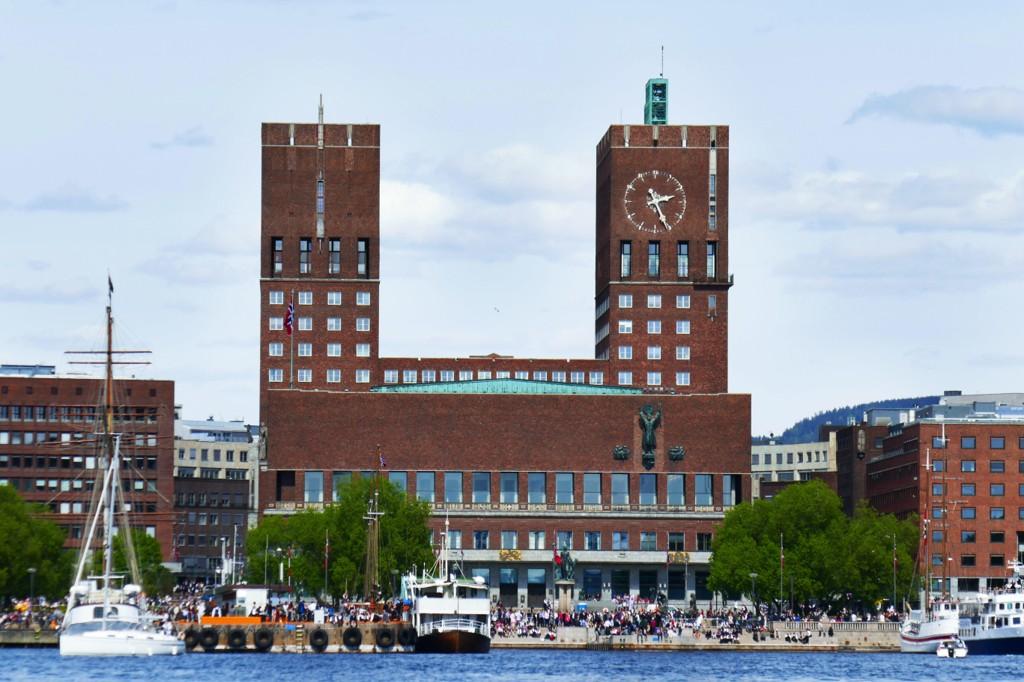 At parkeringsplassen på baksiden av Oslo rådhus ble gjort om til MC-parkering var det mange som ikke fikk med seg til tross for at kommunen nå har 152 kommunikasjonsmedarbeidere.