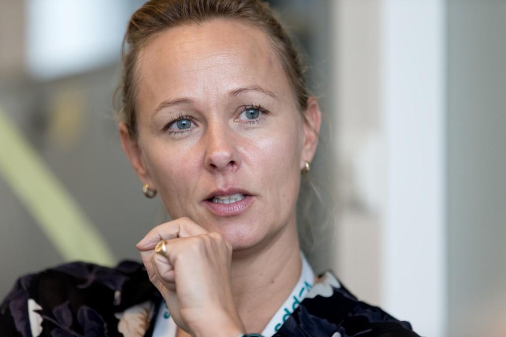 VIL BLI STØRRE EN FACEBOOK: - Vår ambisjon er å gå forbi Facebook i antall brukere, sier Elisabeth Haug i Vipps til Nettavisen.