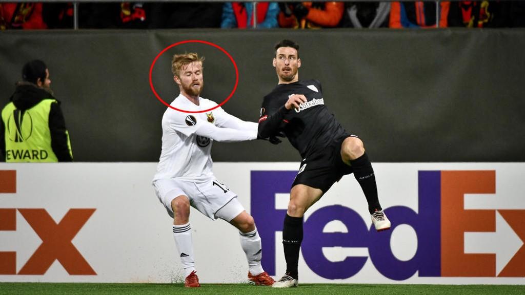 HALVT NORSK: Dennis Widgren gir Lars Lagerbäck et nytt alternativ på venstreback. Her i Europa League-kamp mot Athletic Bilbao.
