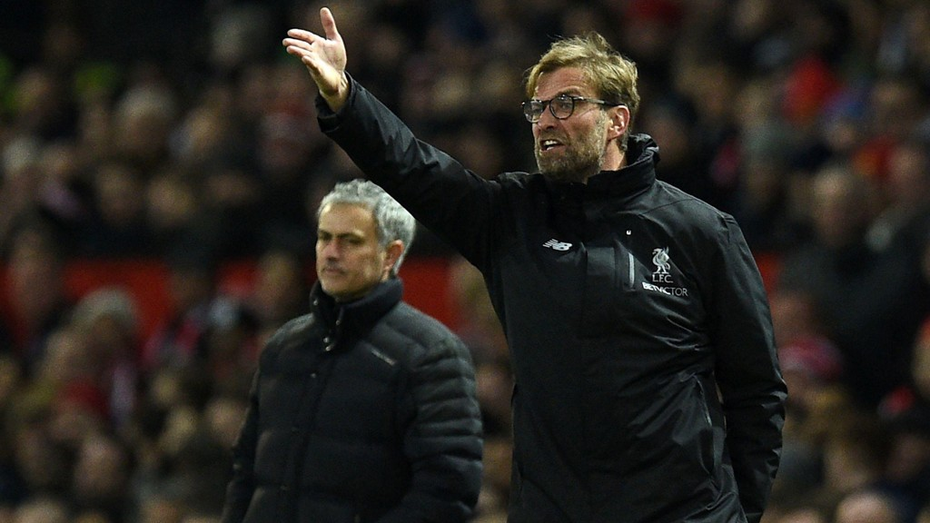 SA NEI: Jürgen Klopp takket nei til Manchester United i 2014. Her med nåværende United-sjef José Mourinho i bakgrunnen.