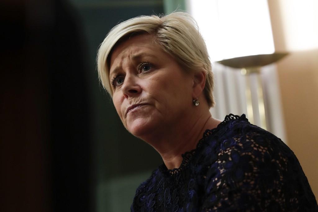 Finansminister Siv Jensen avviser at SSB-sjef Christine B. Meyers avgang har sammenheng med omorganiseringen av SSBs innvandringsregnskap.
