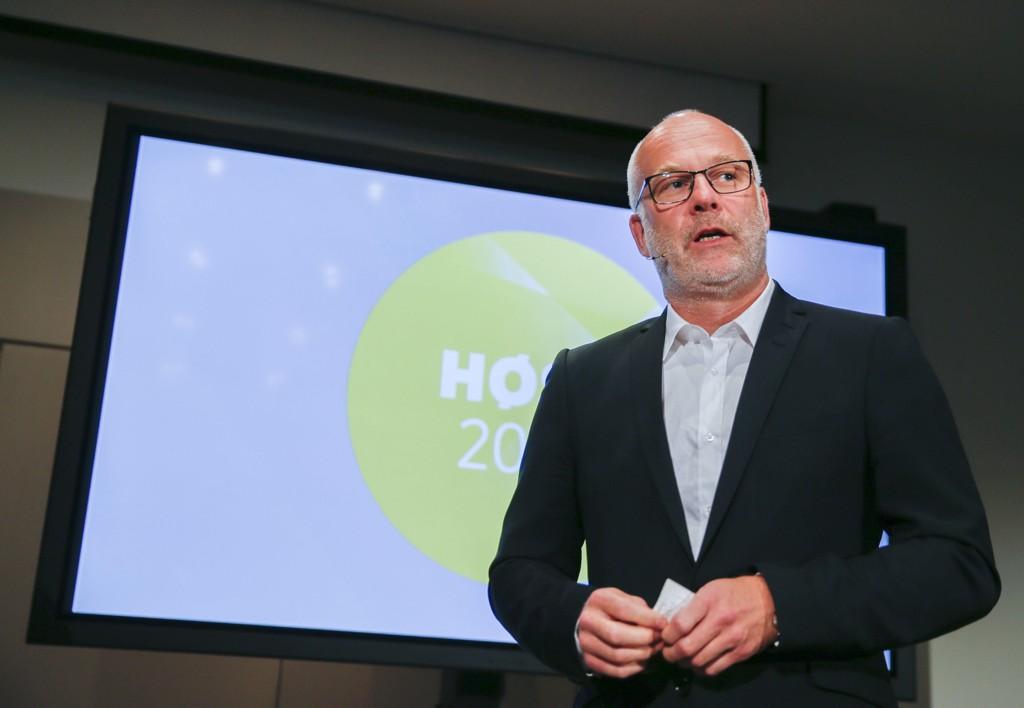 SEXTRAKASSERING: – Vi har de siste dagene fått kjennskap til et par saker som ligger en del år tilbake i tid, sier kringkastingssjef Thor Gjermund Eriksen.