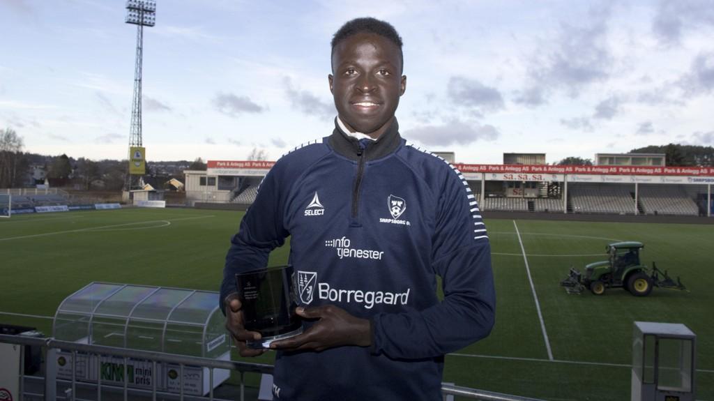PRISVINNER: Krépin Diatta følger i fotsporene til Martin Ødegaard, Iver Fossum og Sander Berge som vinner av Nettavisen-prisen for årets unge spiller.