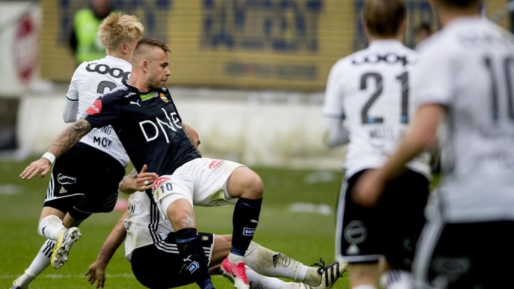 RIKTIG PLASSERT: Nettavisen tippet Strømsgodset på fjerdeplass og Rosenborg på førsteplass.