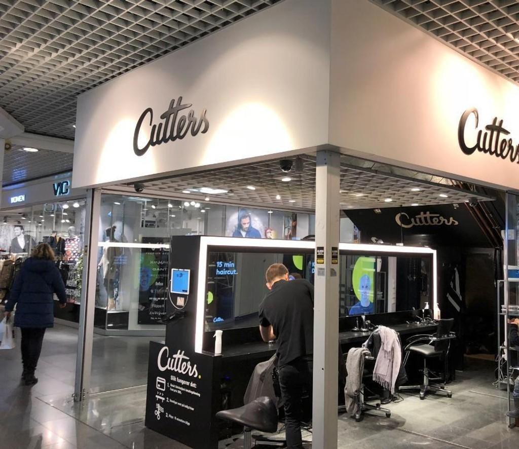 Hurtigklipp-konseptet Cutters friserer 1500 hoder dagen. Her fra salongen på Oslo City.