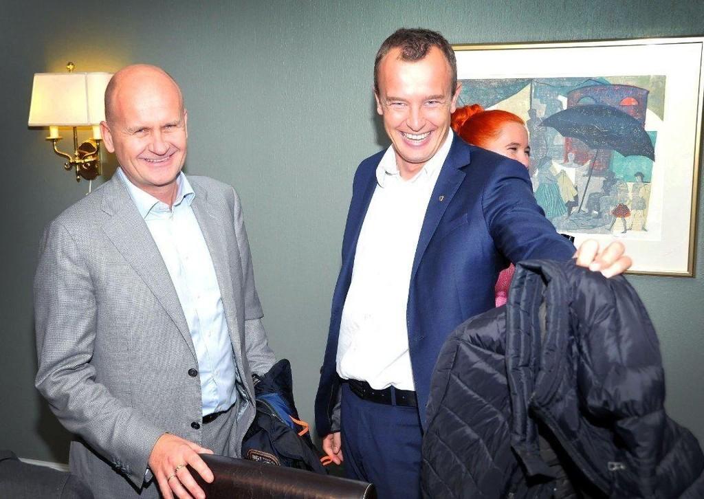 BLITT ENIGE: Rune Hogsnes (Vestfold) eller Sven Tore Løkslid (Telemark) er blitt enig om hva det nye fylket skal hete.