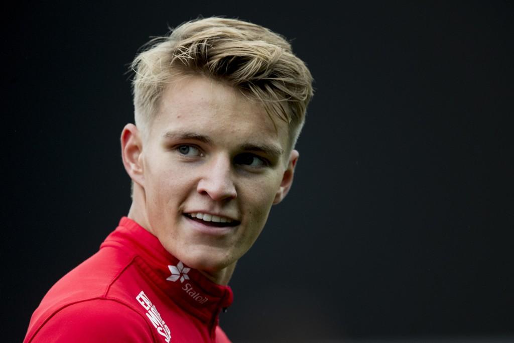 SKADET: Martin Ødegaard sliter med en ankelskade. Her fra en samling med det norske U21-landslaget.