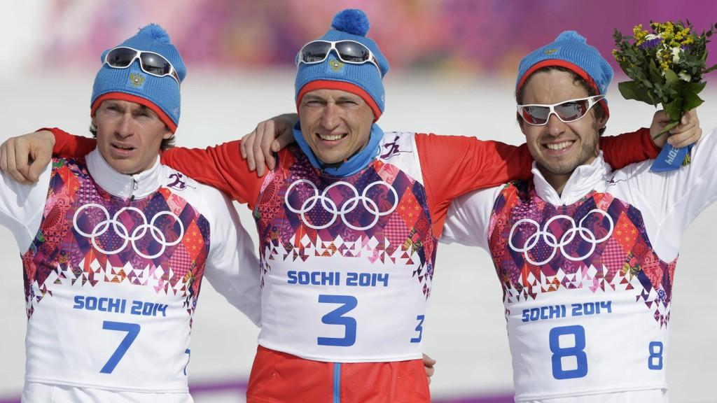 ANKER: Både Alexander Legkov (i midten) og Maxim Vylegzjanin (til venstre) anker IOCs avgjørelse om å utestenge de fra OL.