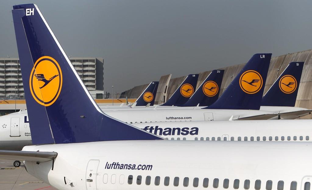 Arkivbildet viser flymaskiner tilhørende flyselskapet Lufthansa. Flere av pilotene, som angivelig nektet å delta i deportasjoner av asylsøkere med avslag, flyr for Lufthansa.