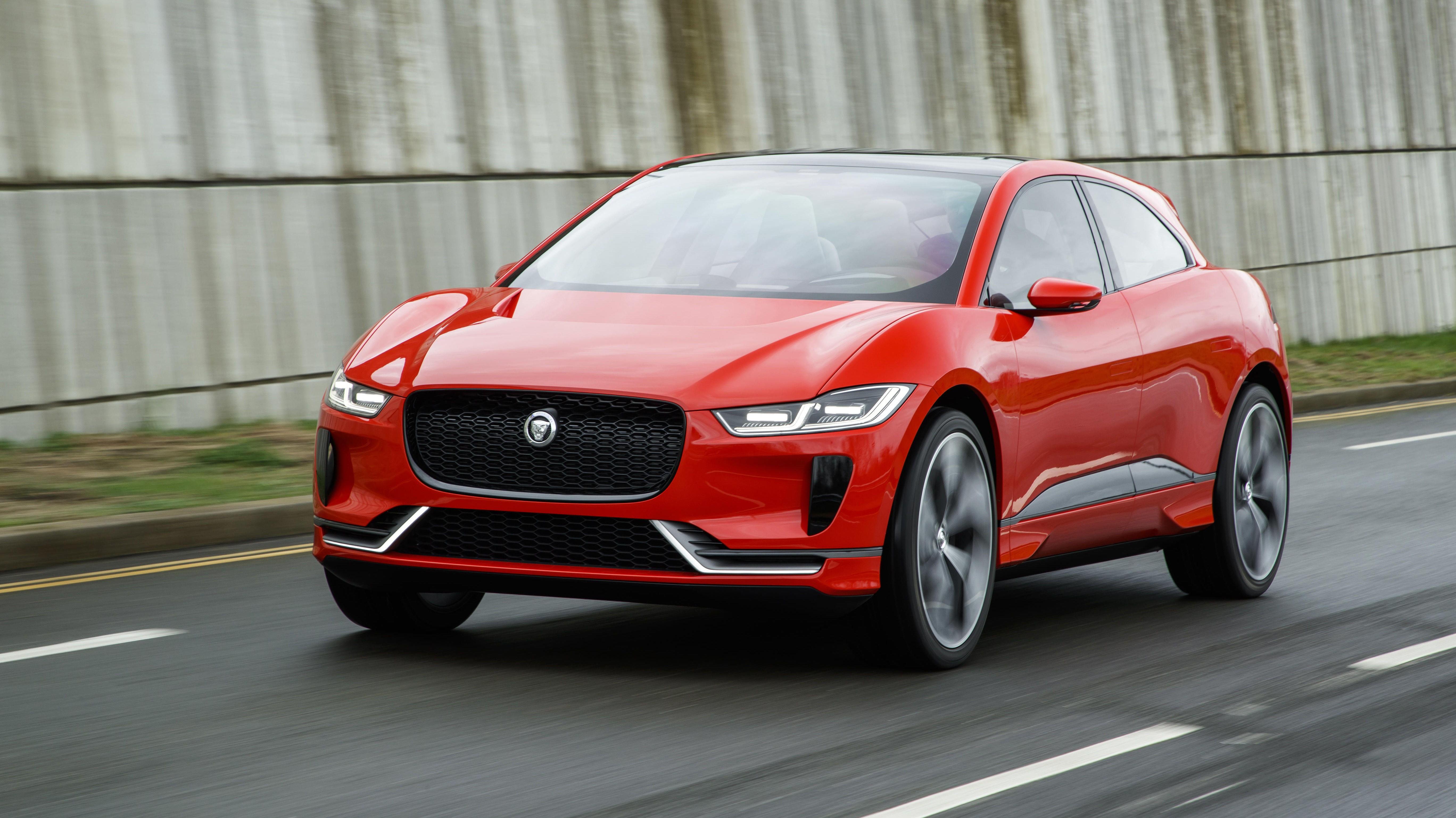 Jaguar er tidlig ute med elektrisk SUV. Deres nye I-Pace debuterer i mars neste år.