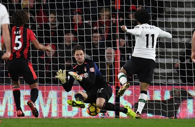 Vant Liverpool Vant Enkelt Mot Bournemouth Her Setter Mohamed Salah Inn Kveldens Tredje Mal