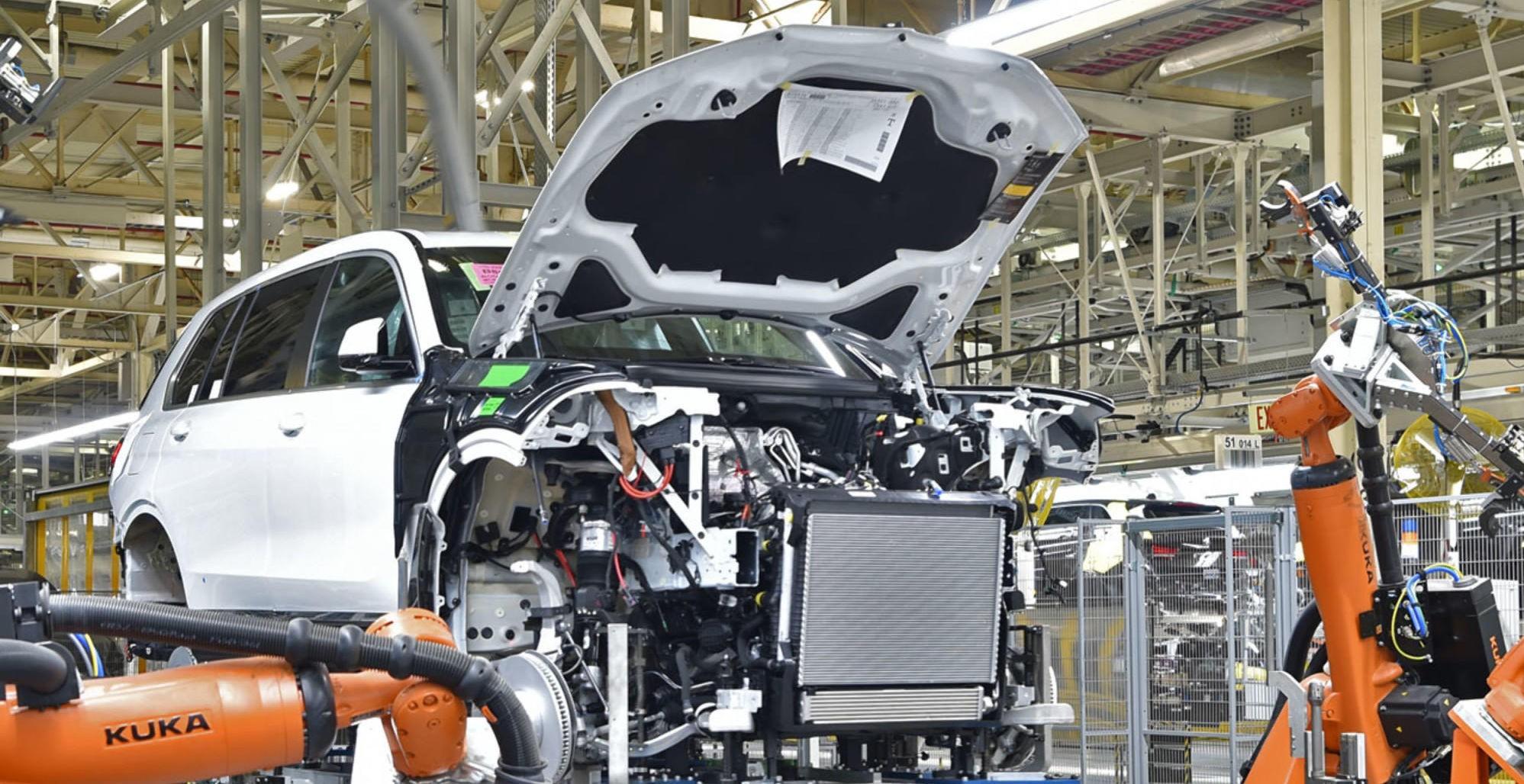 BMW kommer med ny toppmodell i SUV-utvalget sitt, dette er splitter nye X7.