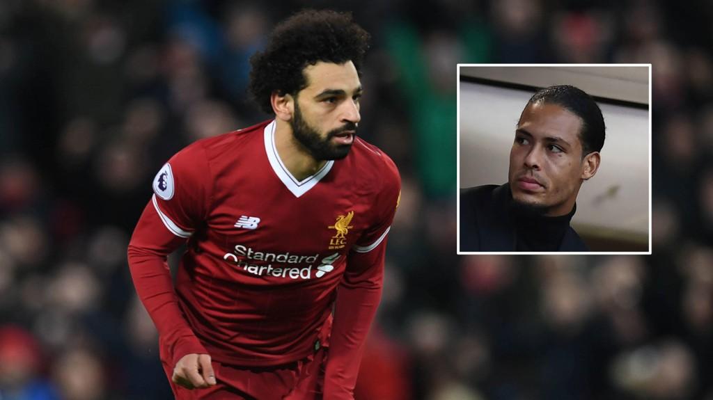 EGYPTISK MAGI: Mohamed Salah scoret begge målene på Anfield med storsigneringen Virgil van Dijk på tribunen.