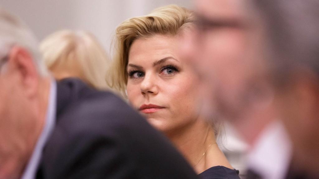 VIL HØRE GISKES FORKLARING: Arbeiderpartiets stortingsrepresentant Jette F. Christensen.