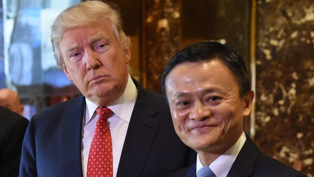 SNUDDE: Donald Trump var positive til Jack Ma, som ville skape en million arbeidsplasser i USA ved å åpne opp det kinesiske markedet for amerikanske produkter. Nå har Trump-administrasjonen skiftet mening.