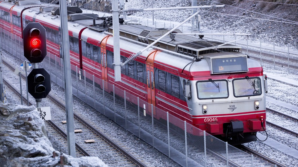 FORSINKELSER: På Drammensbanen onsdag kveld.