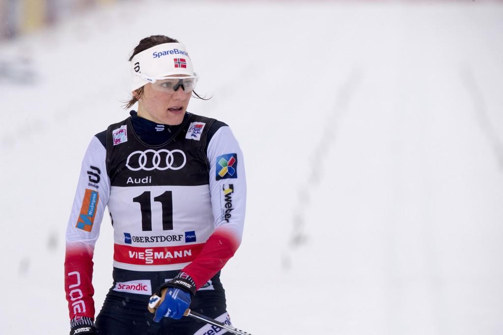 HELOMVENDING: Maiken Caspersen Falla ville reise hjem fra Tour de Ski, men så hørte hun at FIS hadde endret løype.