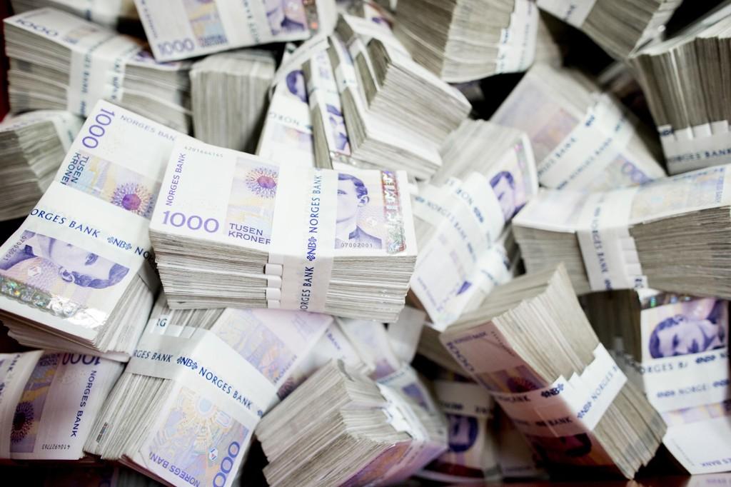 EØS-avtalen gjør at utenlandske betalingsformidlere kan formidle penger ut av Norge uten norsk kontroll.