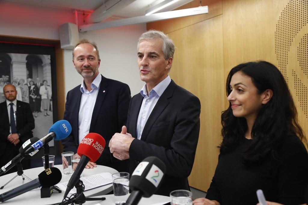 Forholdet mellom de to nestlederne i arbeiderpartiet, Trond Giske (til venstre) og Hadia Tajik, skal være svært anstrengt ifølge avis.
