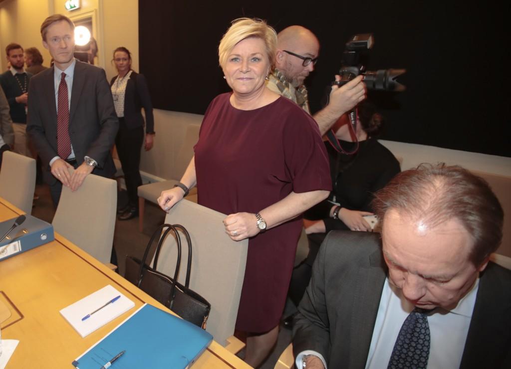 HØRING: Finansminister Siv Jensen under de åpne høringene i Kontroll- og konstitusjonskomiteen på Stortinget om håndteringen av omorganiseringen i SSB.