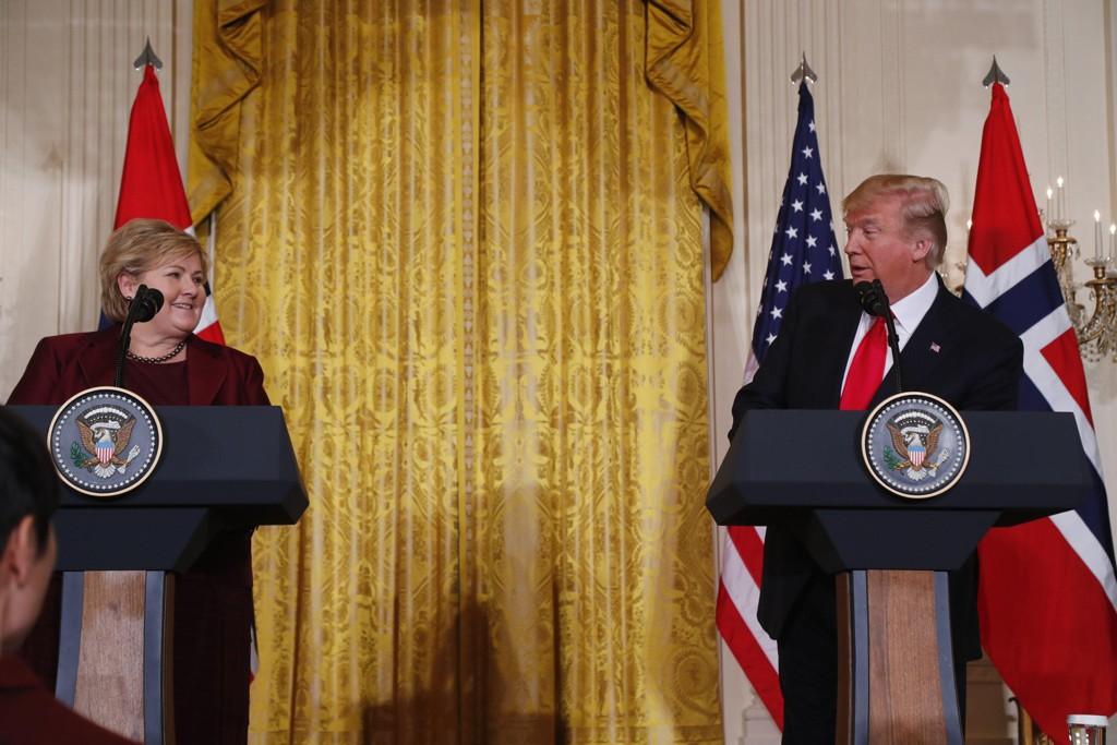PRESSEKONFERANSE: Statsminister Erna Solberg sammen med USAs president Donald Trump under pressekonferansen i Det hvite hus i Washington onsdag.