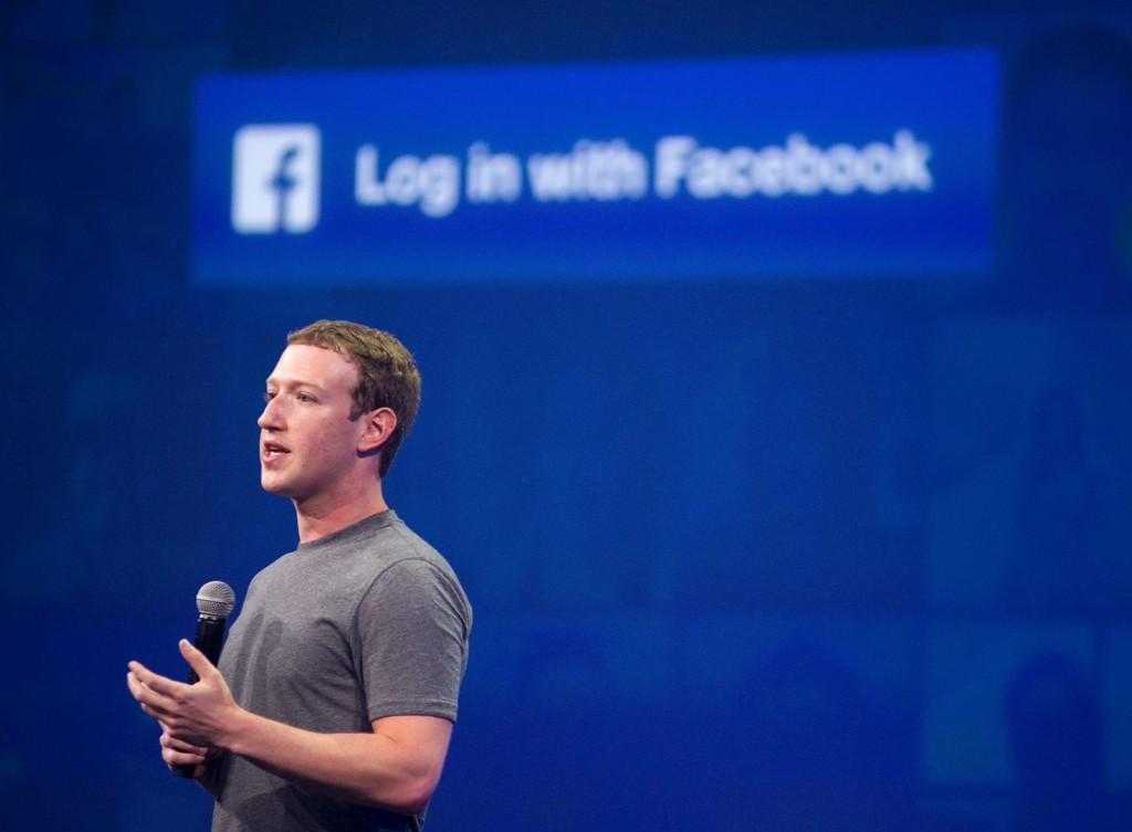 GODE TIDER: Mark Zuckerberg og Facebook tjente en milliard dollar forrige kvartal. Torsdag gikk akskjekursen opp med hele 15 prosent.