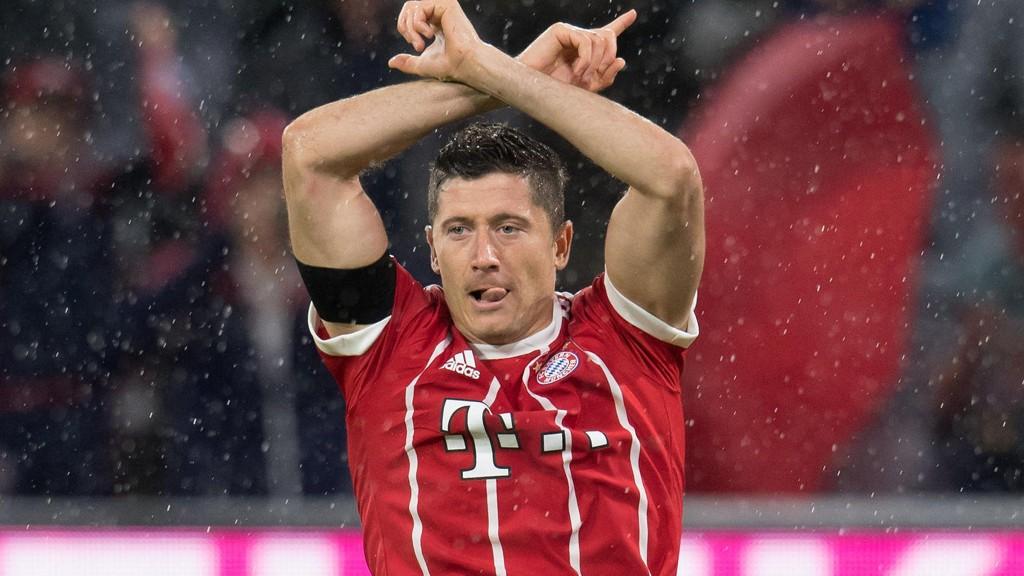 Toppscorer Robert Lewandowski er ikke med til kveldens bortekamp mot Bayer Leverkusen.