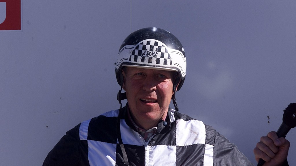 Rutinerte Axel Jacobsen har flere fine vinnersjanser til søndagens V4-lunsj på Charlottenlund. Foto: Hesteguiden.com