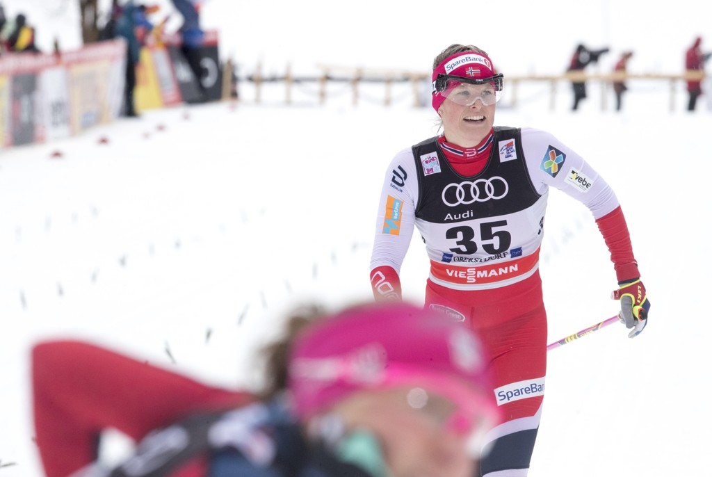 BRUTAL UKE: Mari Eide har hatt en brutal uke. Søndag falt hun for tredje gang på like mange konkurranser. Bildet er fra Tour de Ski tidligere i januar.