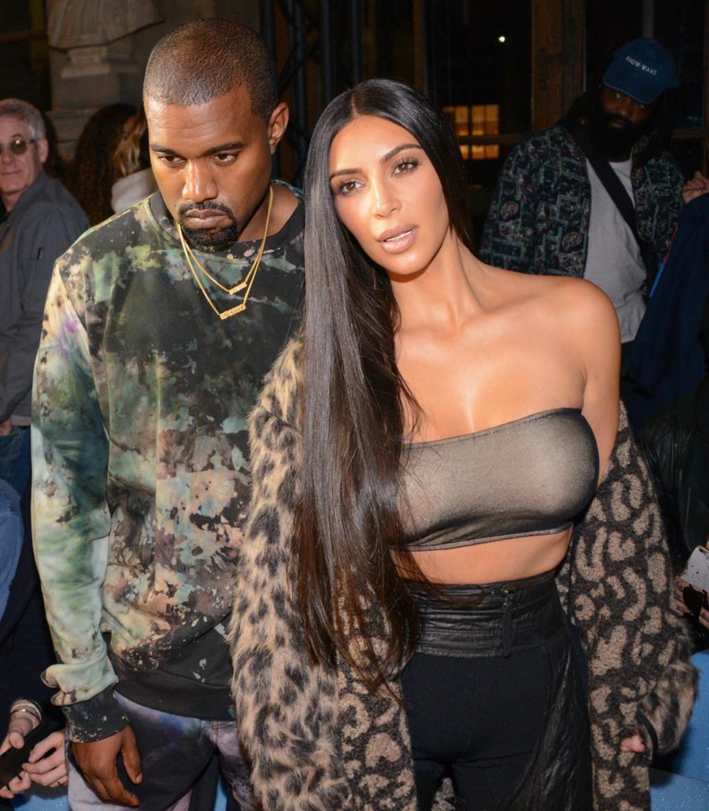 Kanye West og Kim Kardashian skal ha bestemt seg for å bruke en surrogatmor for å bli foreldre for tredje gang.