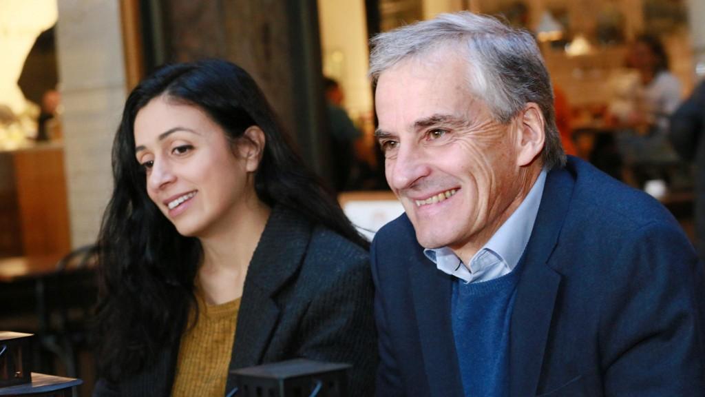 SAMLING I BÅNN: Dårlige galluptall og intern splid er noen av utfordringene for nestleder Hadia Tajik og partileder Jonas Gahr Støre.