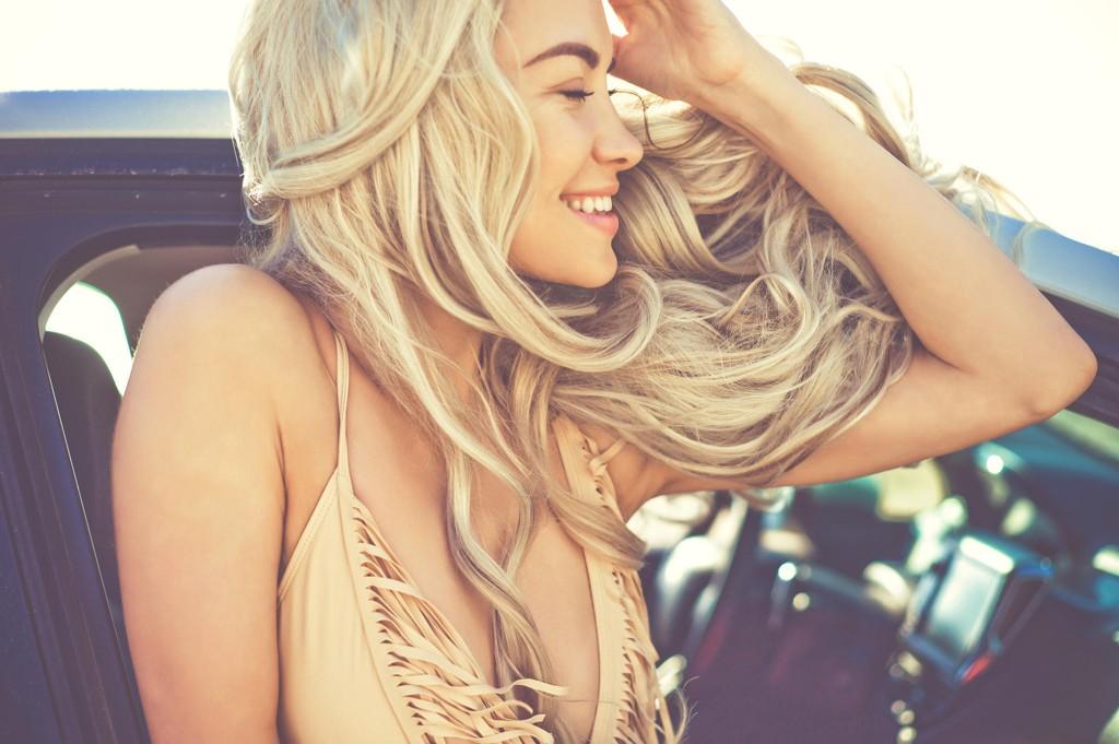 Drømmer du om velstelt, sunt og nydelig hår? Vi har spurt frisøren om noen gode tips for deg!