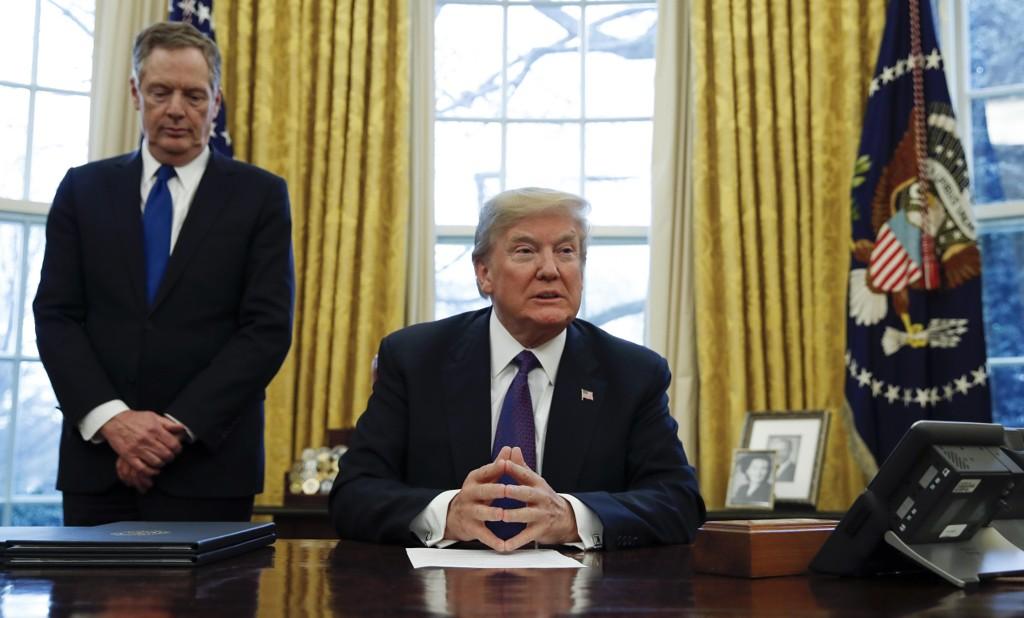 PRESIDENT Donald Trump gjør en feil ved å bytte sentralbanksjef, mener Fredrick Cannon hos investeringsbanken KBW.