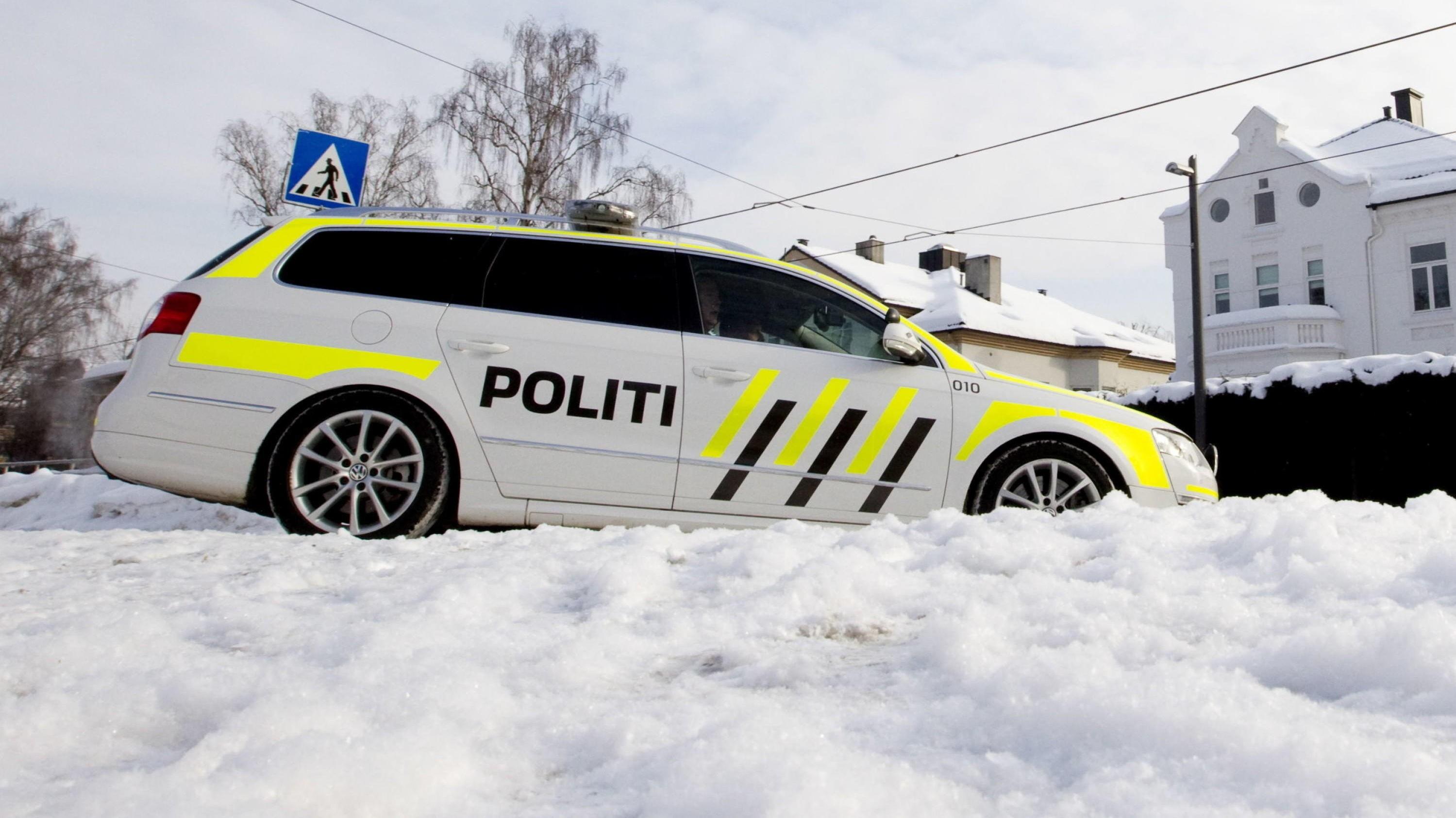 Politiet får hvert år noen saker der eier har gått fra bilen på tomgang. Når vedkommende er tilbake, er bilen sporløst forsvunner. Det kan bli en kostbar opplevelse.