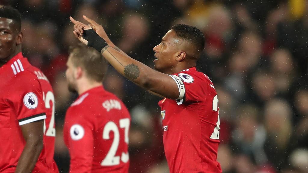 KAPTEIN: Denne sesongen har Antonio Valencia vært Manchester Uniteds kaptein.