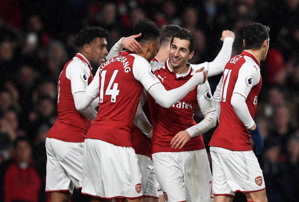 DEBUTANTER: Henrikh Mkhitaryan og Pierre-Emerick Aubameyang debuterte på best mulig vis da Arsenal slo Everton 5-1.