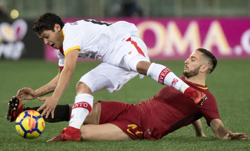 VANT: Roma og Kostas Manolas (t.h.) tok tre poeng søndag.