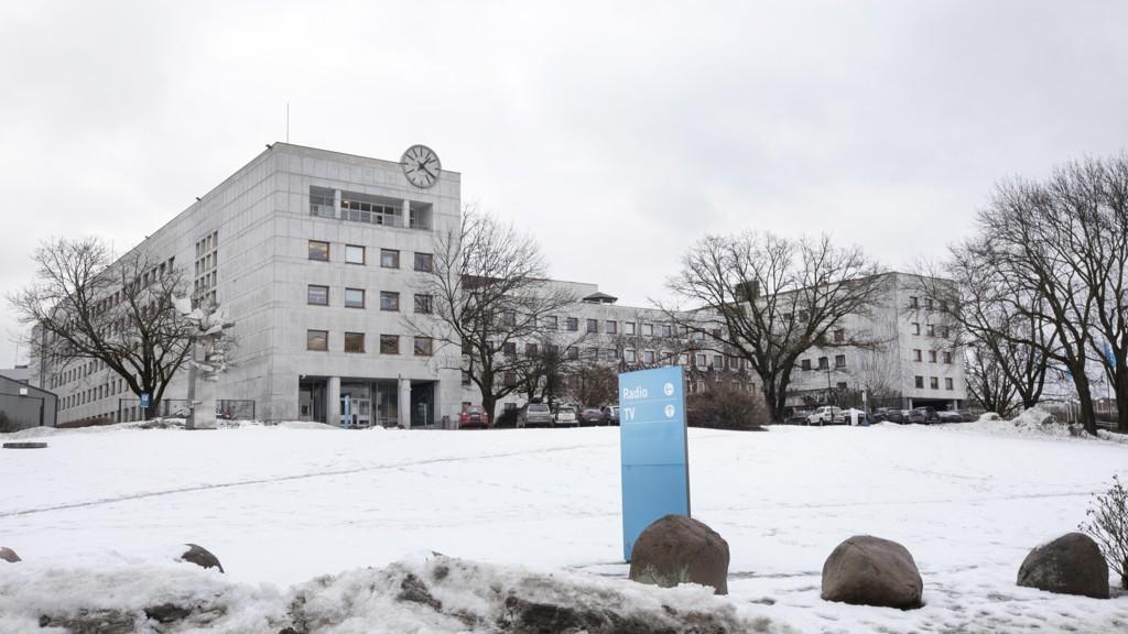 NRK-varslene gjelder 15 personer.