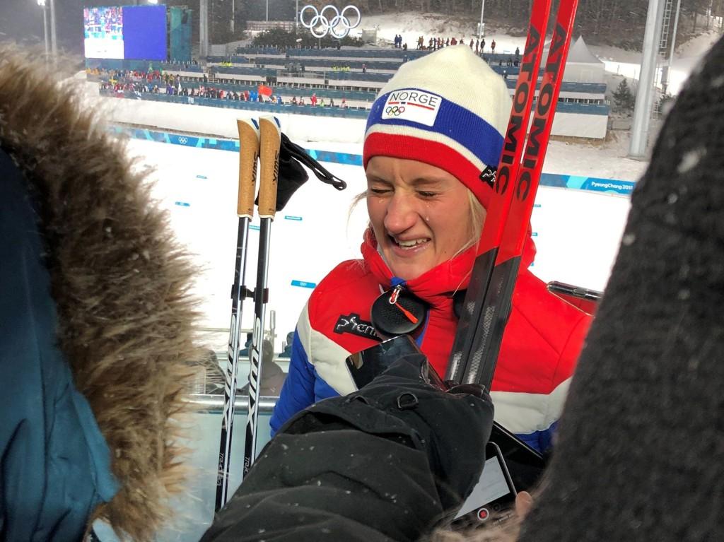 TÅREVÅTT: Kathrine Harsem kjempet mot tårene i møte med norsk presse.