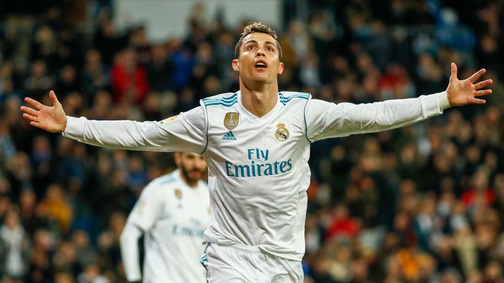 Cristiano Ronaldo har slitt tungt denne sesongen, men lørdag stod han for tre mål i 5-2 seieren hjemme mot Real Sociedad i La Liga.
