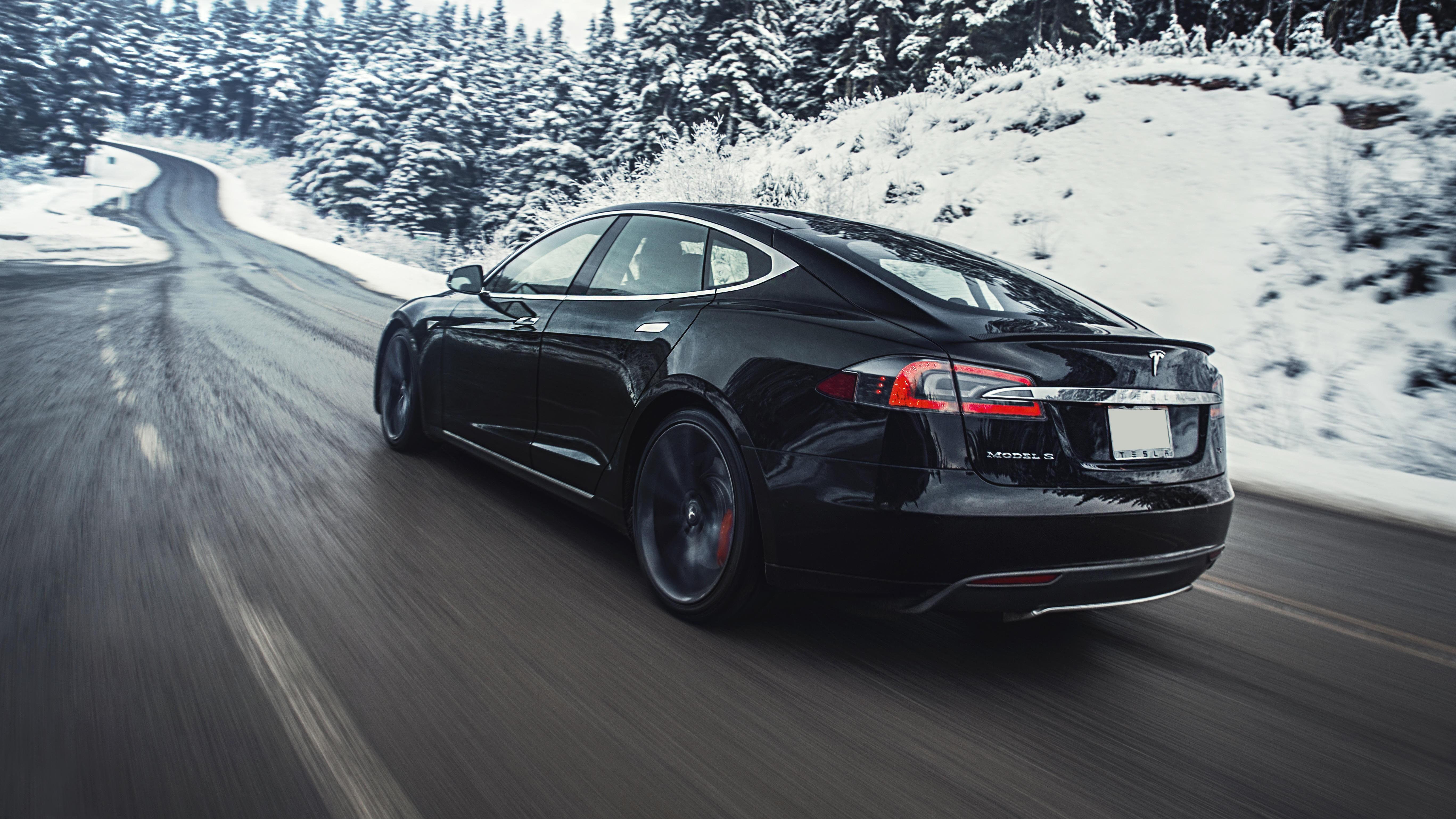 GOD RENTE, GODT SALG: Tesla avsluttet 2017 med et unikt bra finansieringstilbud. Det ga også svært godt salg.