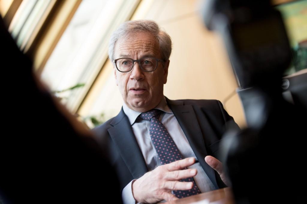 RENTEFRYKT: Dersom sentralbanksjef Øystein Olsens bangeste anelser sår til, blir renteregningen økt med over 100 milliarder kroner i året for norske husholdninger.