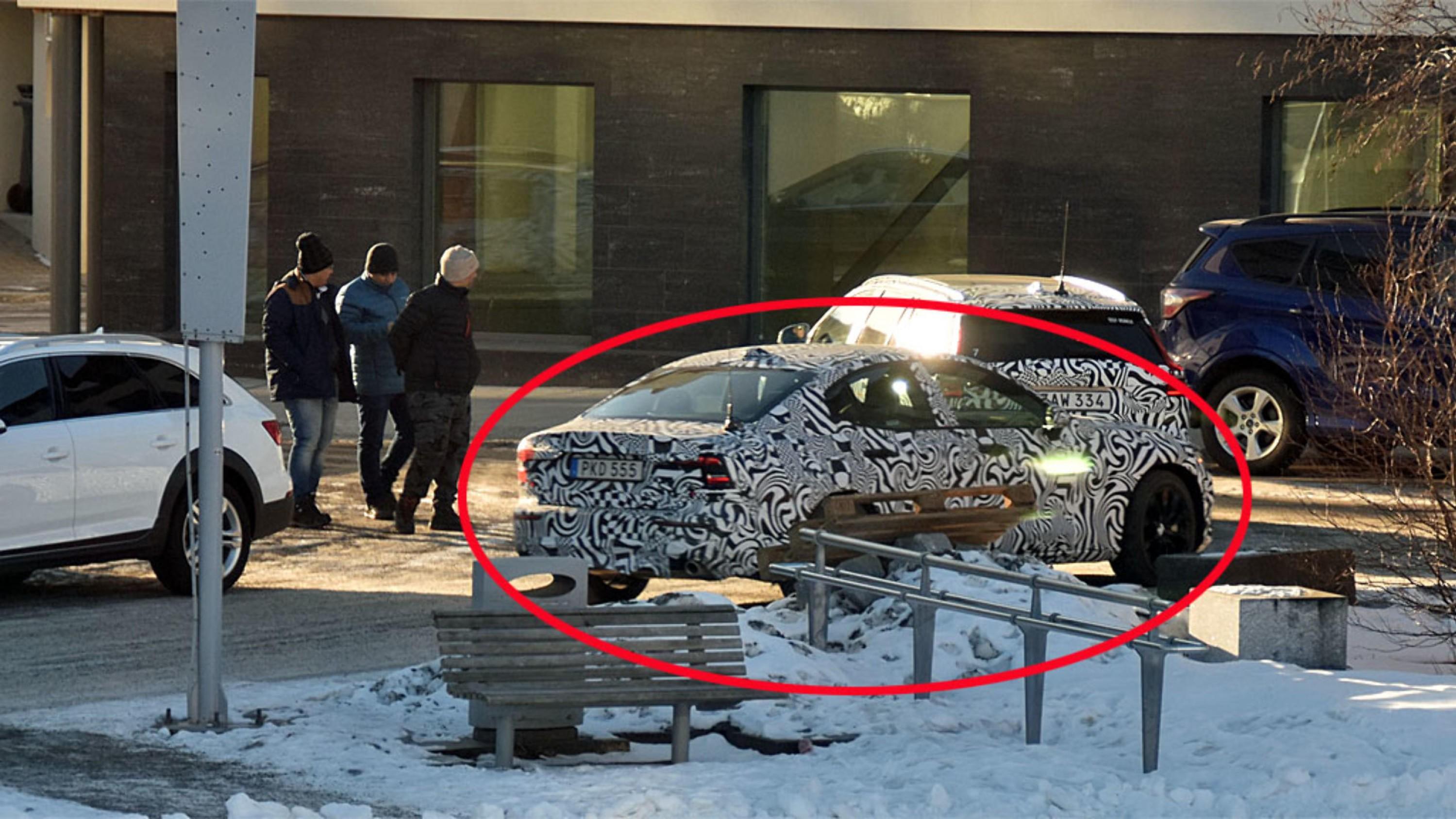 AVSLØRT: En helt ny Volvo-modell avslørt på kuldetest i Lofoten.